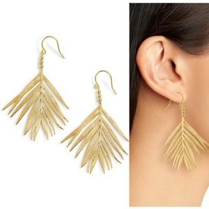 NWT Gorjana palm drop earrings